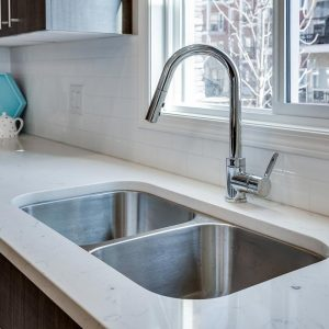gorgeous quartz marble countertop with undermount sink